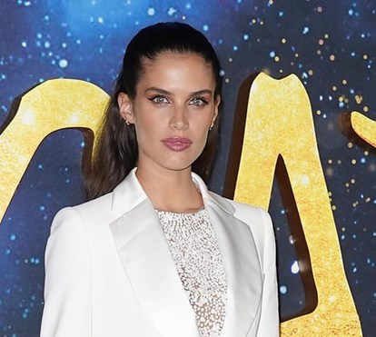 Sara Sampaio entre as estrelas da 'red carpet' na estreia do novo filme 'Cats'