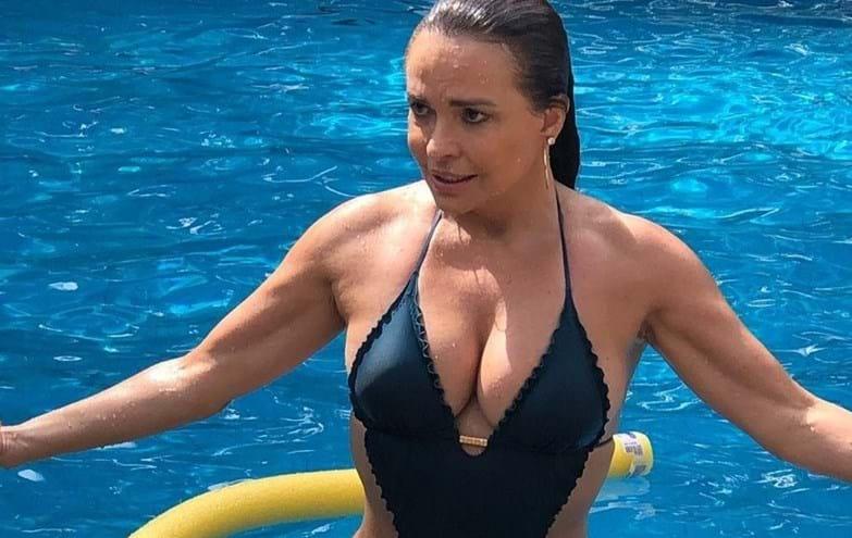 Atriz Luiza Tomé mostra-se em excelente forma aos 59 anos