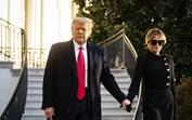 Melania Trump protagoniza momento embaraçoso na saída da Casa Branca