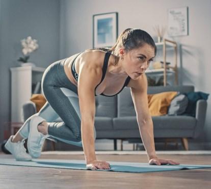 Let's get physical / Vamos treinar em casa!