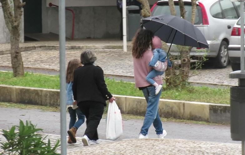 Os dias de sofrimento de Sara Barradas a caminho da prisão para visitar a mãe