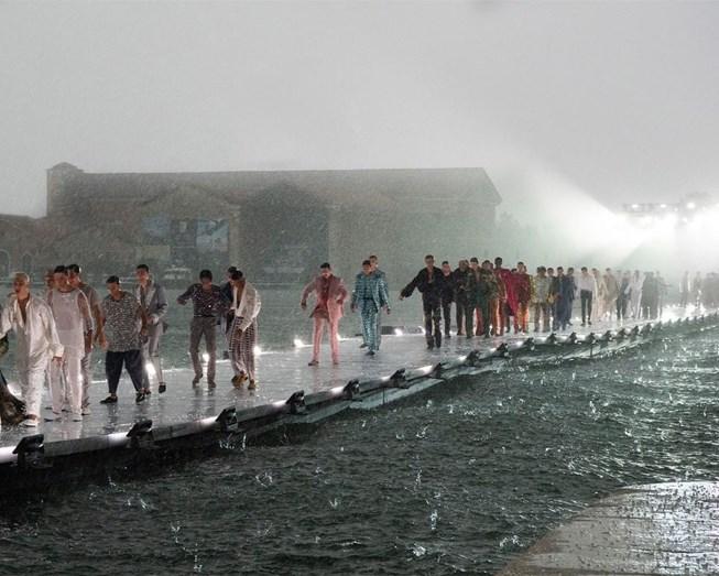 Desfile de Dolce & Gabbana em Veneza